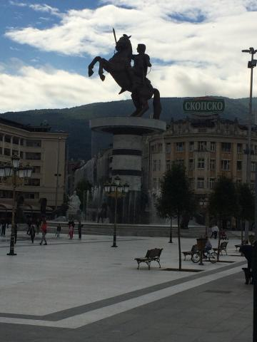 Standbeeld van Alexander de Grote in de hoofdstad Skopje