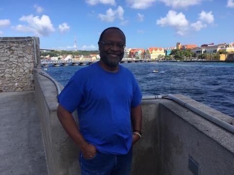 Richenel Ansano, healer, econoom, antropoloog