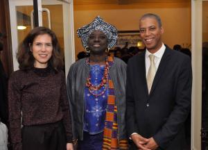 NiNsee voorzitter Antoin Deul (rechts), met bestuurslid Marian Markelo en de Amsterdamse wethouder Simone Kukenheim